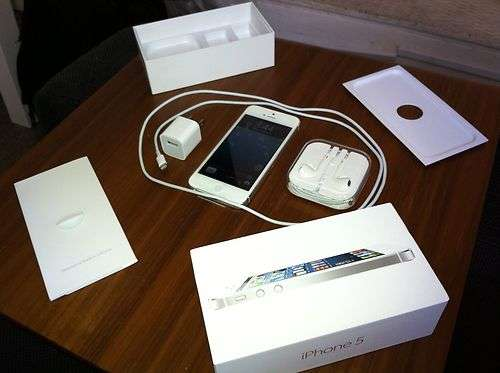 Vendo nuevo:apple iphone 5/4s/apple ipad/samsung galaxy s3/s4,note 2/blackberry z 10/nokia lumia 920/htc one x